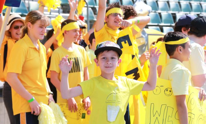 Students and adults show their support for Western Sydney School at Sports Carnival 2018